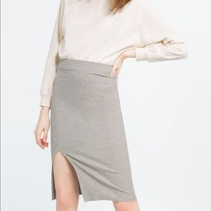 Zara Ribbed Knit Skirt with Vent Size S